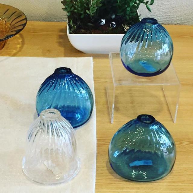 カンベガラスさんの花瓶が