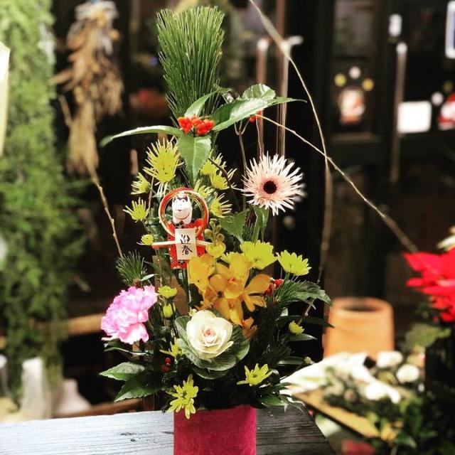 今年も花蔵の三浦淳志さんを講師にお迎えしてお正月飾りを作ります。